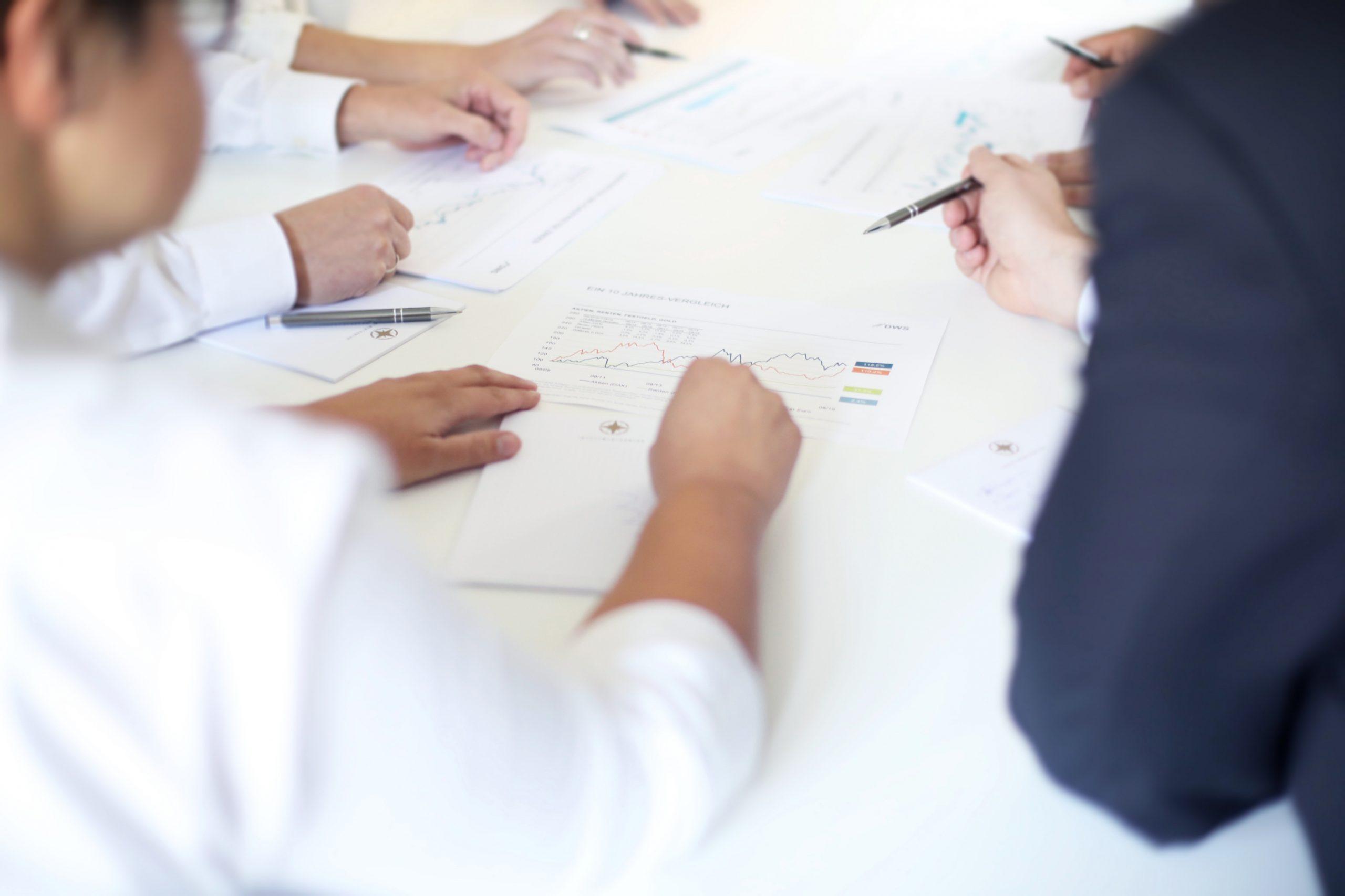 Investmentkontor_Oldenburg_Gottorpstr_Meeting_finanzberatung